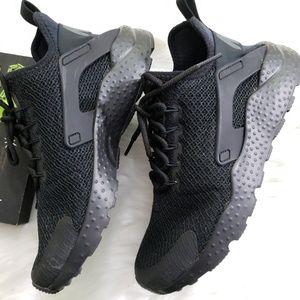 Nike Huarache Run Ultra Women's